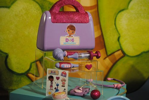 Doc McStuffins doctor kit