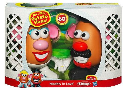 Mr and Mrs Potato Head Mashly in Love Box Shot