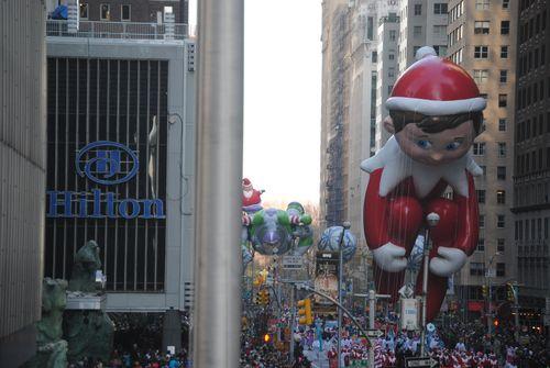 Parade - Elf balloon near end